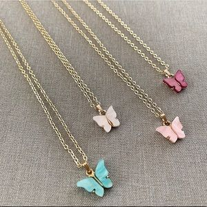 "Jewelry - 14k Gold Butterfly Necklace 18"" or 20"""